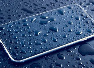 iPhone u vodi