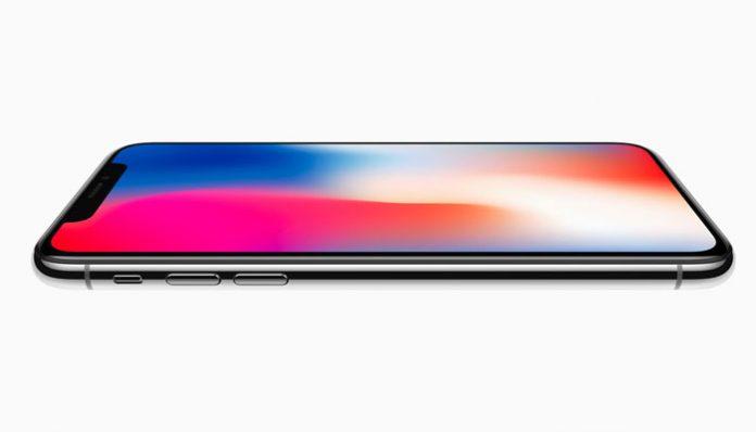 iPhone X bočna strana telefona