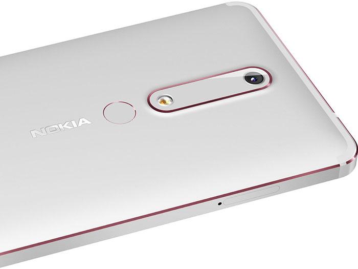 Skener otiska prsta i kamera na Nokia 6